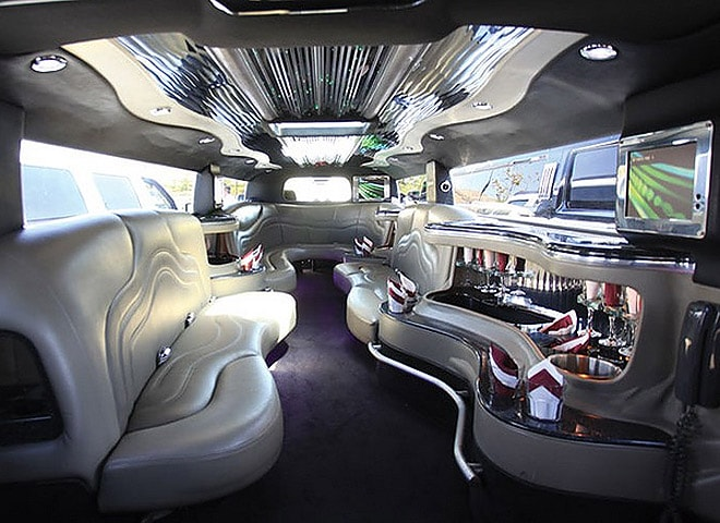 Luxurious Stretch SUV limo rental in San Bernardino