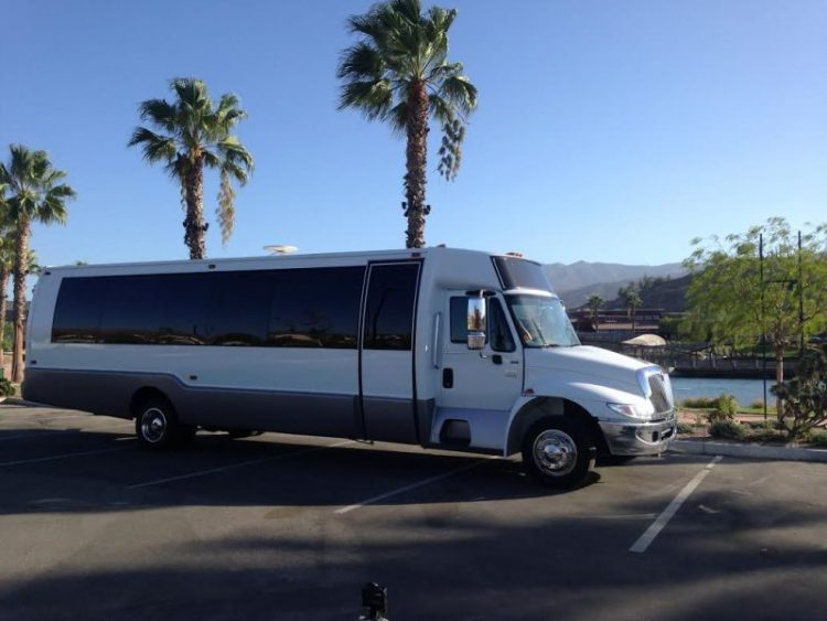 LIMO BUS / PARTY BUS